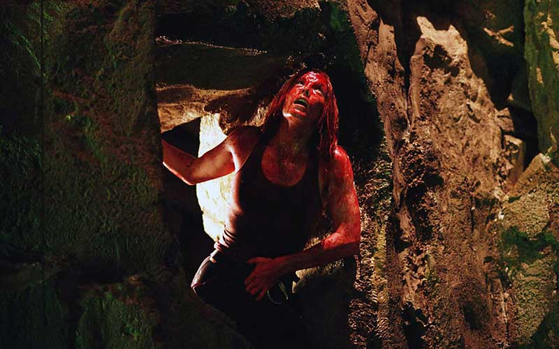 The Descent Review (2005)