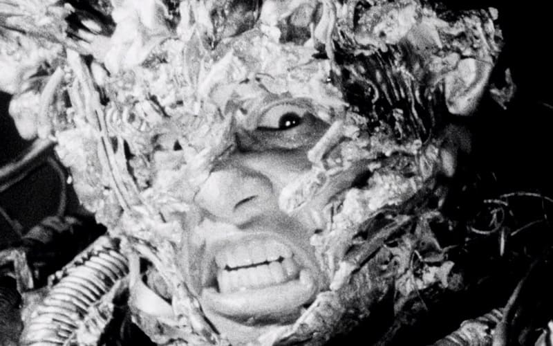 tetsuo-the-iron-man-1989-review