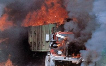 Maximum Overdrive Review (1986)