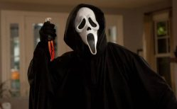 Scream (1996) Review